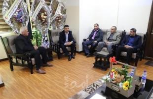 بلدية جباليا النزلة تبحث مع تعليم غزة وقاية المدارس من خطر  الحرف