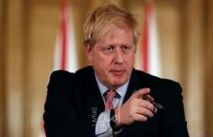 جونسون يحمل نفسه مسؤولية استجابة الحكومة لتفشي كورونا ويرفض الاعتذار
