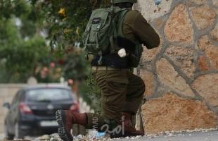 قلقيلية: إصابة شاب برصاص قوات الاحتلال والعشرات بالاختناق خلال قمع مسيرة كفر قدوم