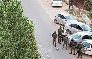 جنين: إصابة مواطن بكسر بالساق إثر اعتداء قوات الاحتلال عليه في عانين