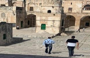 القدس: شرطة الاحتلال تعتقل موظف من دائرة الأوقاف بالمسجد الأقصى