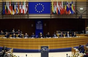 الاتحاد الأوروبى يجبر شركات الأدوية الوفاء بعقود إمدادها بلقاحات كورونا