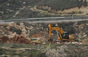 بيت لحم: سلطات الاحتلال تجرف أراضي في بلدة بيت فجار