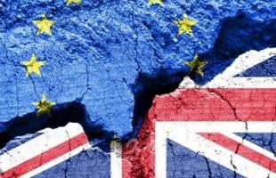 بريطانيا تتفق مع الاتحاد الأوروبي بشأن التجارة مع إيرلندا الشمالية