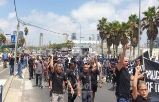 يافا: مسيرة غاضبة في أعقاب صلاة الجمعة تنديداً بتدنيس مقبرة الإسعاف - صور