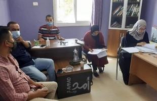 تنمية يطا تبحث مع جامعة الخليل مساعدة الطلبة