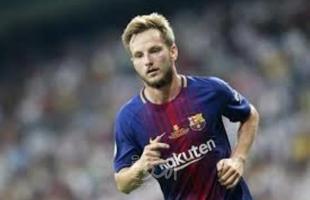 "برشلونة يبيع ""رسميا"" أحد أبرز نجومه مقابل 1.5 مليون يورو"