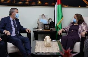 """الكيلة: القيادة الفلسطينية تسعى لدفع المجتمع الدولي بتقديم الدعم اللازم لاستمرار خدمات """"الأونروا"""""""