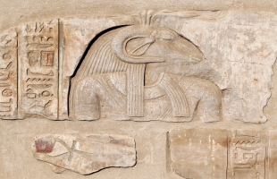 """""""معاريف"""" تكشف عن سرقة إسرائيل آثارا مصرية في سيناء"""