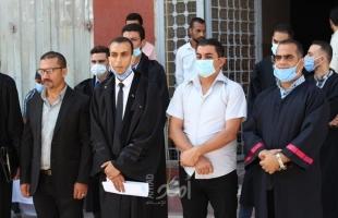 محاميو اصلاحي فتح وسط القطاع ينظمون وقفة إحتجاجية بشأن الإعتقالات السياسية بالضفة
