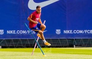رسميا: اللاعب الجديد لنادي برشلونة ينضم للتدريبات