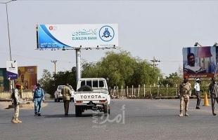 الحكومة السودانية تغلق مركز المدينة وتنتشر بالقرب من القيادة والقصر الجمهوري- فيديو