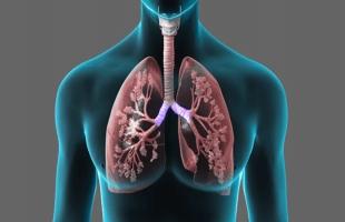 8 أعراض هتقولك إنك مصاب بسرطان الرئة