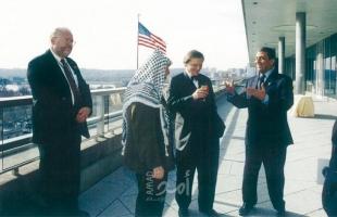 """عمرو موسى يكشف دور صحفي أمريكي في صياغة """"مبادرة السلام العربية"""" والموقف من خطاب أبو عمار"""