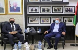 الشيخ يلتقي السفير المصري لبحث التطورات السياسية وملف المصالحة الفلسطينية