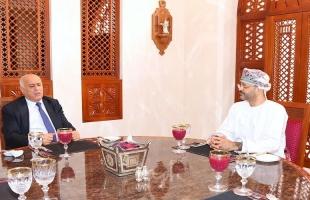 الرجوب يبحث مع وزير الخارجية العُماني آخر تطورات القضية الفلسطينية
