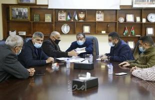 اجتماع لجنة المشتريات المكلفة من اللجنة العليا لإسناد القطاع الصحي للنظر في العروض المقدمة لتوريد المعدات الطبية