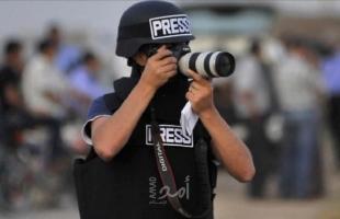أمن حماس يطلق سراح الصحفي محمود اللوح