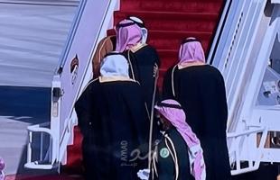 """كاسرا الإجراء الكوروني..بن سلمان  يستقبل أمير قطر بـ""""الأحضان""""  - فيديو"""