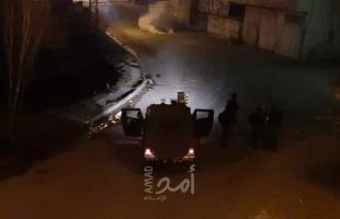إصابات بالاختناق خلال مواجهات مع قوات الاحتلال في بيت أمر - صورة