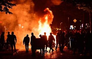 """تونس: تظاهرات ضد """"القمع الأمني""""... والحكومة تمدد حظر التجول"""