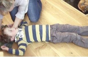 الإغماء عند الأطفال .. الأسباب والعلاج