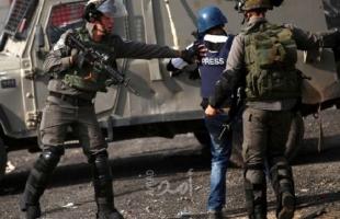 """""""لجنة دعم الصحفيين"""": (25) صحفيًا يقبعون في سجون الاحتلال"""