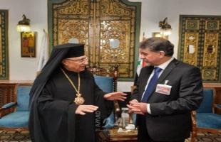 عبد الهادي يهنئ البطريرك جوزيف عبسي بعيد الفصح