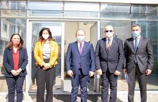 وزير الخارجية الروماني يزور الأونروا في الأردن ويعلن عن تبرع جديد للوكالة