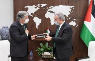 اشتية يستقبل السفير البرازيلي الجديد ويبحث تعزيز التعاون المشترك