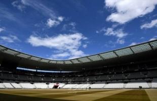 """فرنسا تحول ملعب """"ستاد دو فرانس"""" لمركز  تلقى لقاح كورونا"""