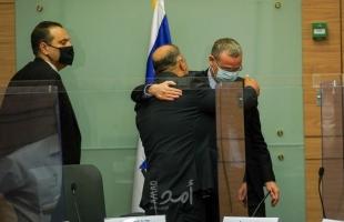 تقرير: أبعاد صفقة منصور عباس مع تكتل اليمين الاستيطاني في الكنيست