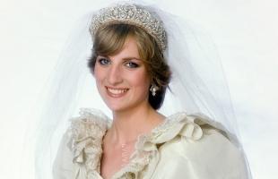 ثوب زفاف الأميرة ديانا أشهر أثواب الزفاف الملكية على الإطلاق