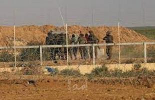 محدث - جيش الاحتلال يفرج عن (4) شبان تسللوا إلى البلدات الإسرائيلية شرق خانيونس