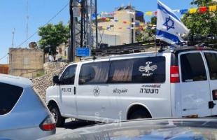 الشرطة الإسرائيلية توقف (5) فلسطينيين بتهمة تجارة السلاح
