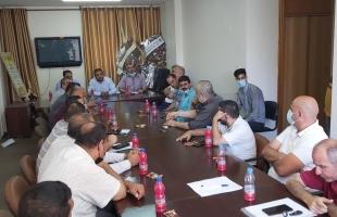 وزارة الاقتصاد تعقد اجتماع مع تجار ومستوردين لوقف رفع الأسعار