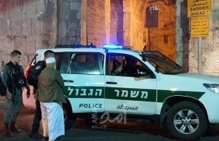 مركز: (1699) معتقلًا و365 قرار إبعاد خلال 6 أشهر في القدس
