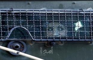 قوات الاحتلال تعتقل سيدة من  منطقة العامود بالقدس - فيديو