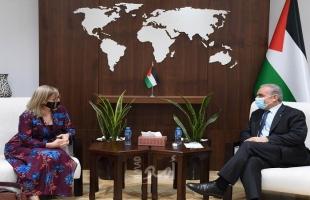 اشتية يستعرض مع ممثلة كندا الوضع المالي الصعب الذي تمر به الحكومة الفلسطينية