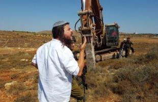 مستوطنون يجرفون أراضي غرب بيت لحم