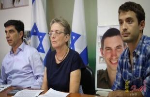 """عائلة غولدن: بينيت """"يكذب"""" فهو سلم جثامين فلسطينيين دون مقابل"""