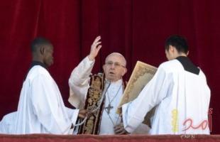 بابا الفاتيكان يدعو لضروة عودة اللاجئين السوريين وتحقيق السلام في ليبيا
