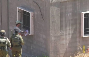 قوات الاحتلال تخطر بوقف البناء بمنزل قيد الإنشاء جنوب بيت لحم
