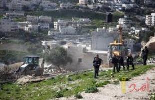 """القدس: جيش الاحتلال يجرف أراضي قرب تجمع """"جبل البابا"""""""
