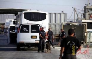 الحكم على أسيرين مع غرامة مالية وتمديد اعتقال آخر في جنين