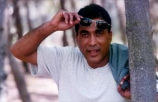 الذكرى السادسة عشرة لوفاة النمر الأسود أحمد زكى