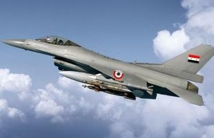 """طائرات حربية سورية تستهدف """"رتلا لمسلحين"""" في جبل الزاوية جنوب إدلب"""