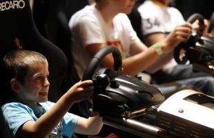 كم ساعة تمنحها لطفلك لاستخدام ألعاب الإنترنت؟