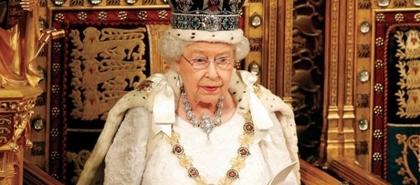 """بعد نصيحة الأطباء .. قصر  باكنجهام يعلن إلغاء سفر الملكة """"اليزابيث"""" لأيرلندا"""