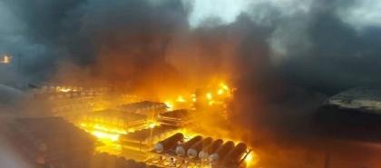انفجار وحريق هائل في مصنع للكيماويات بمدينة قزوين شمال إيران